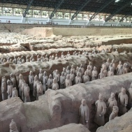 Terracotta warriors: tomb 1 -- side view