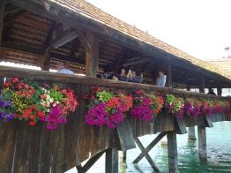 A close-up of the flower bridge.
