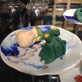 frog-shaped dumplings